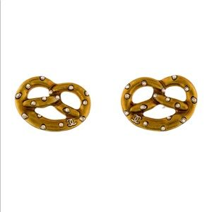 Metiers d'art salzburg CHANEL pretzel earrings